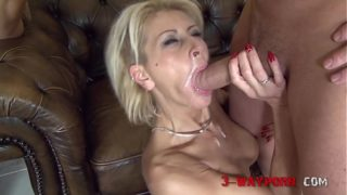 Mature Chicks Double Fucked in an Group Sex